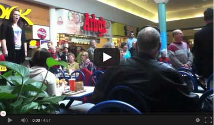 Featured Video: Christmas Food Court Flash Mob, Hallelujah Chorus