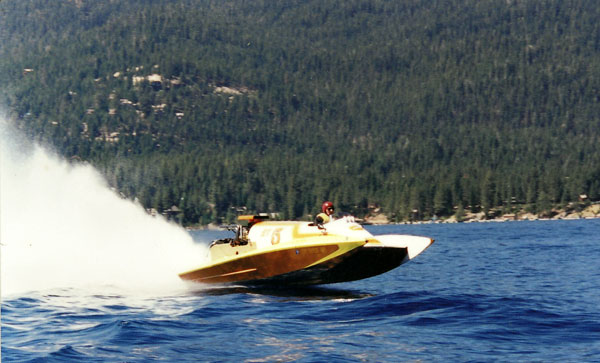 Lake Arrowhead powerboating